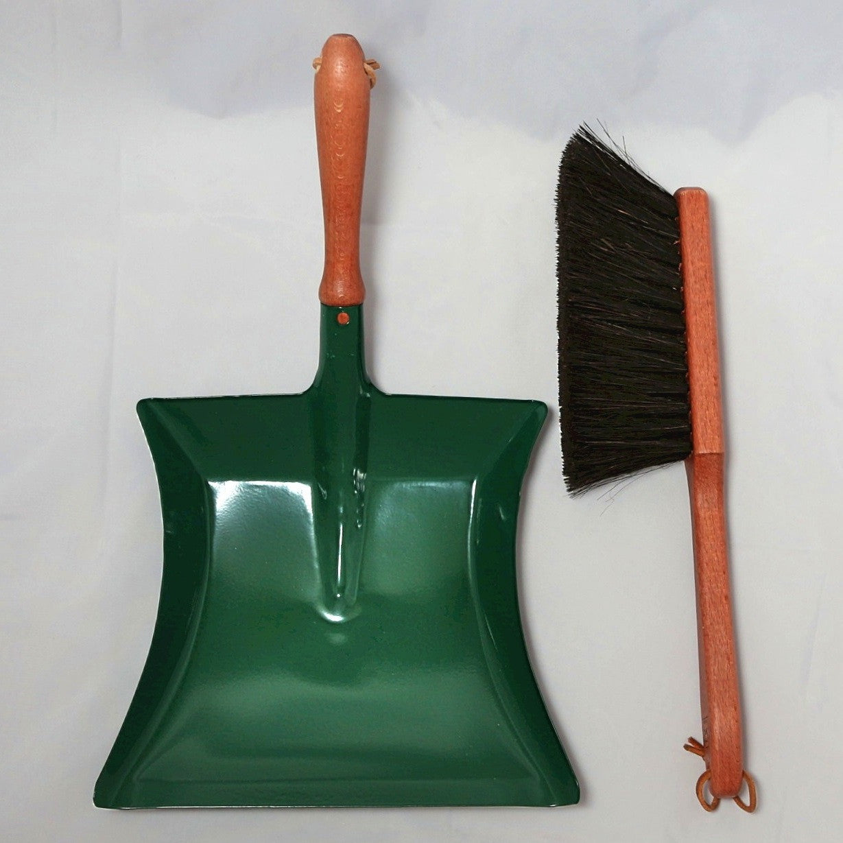 Shovel and Sweep GREEN- German Made Redecker