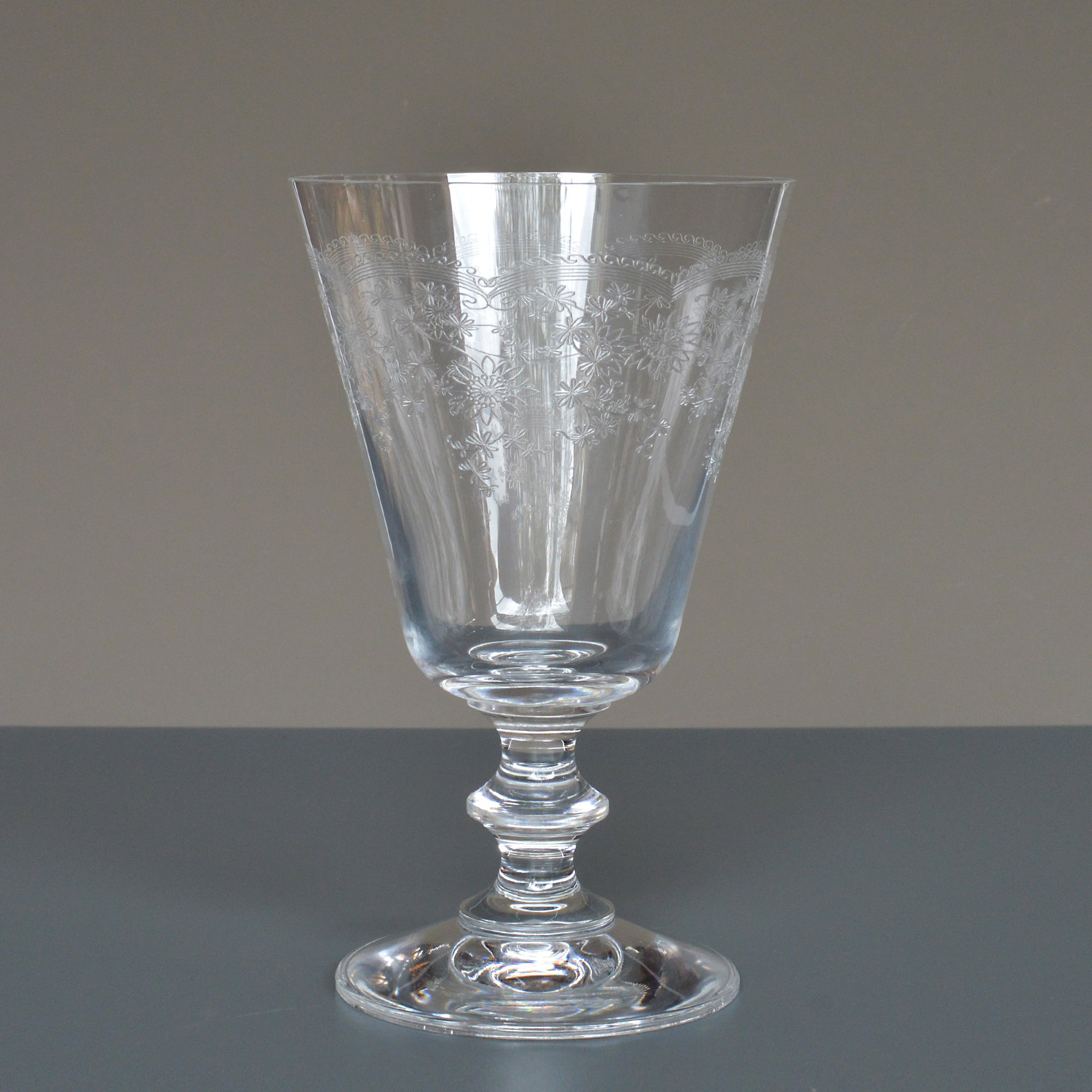 Engraved European Wine Glass - Floral