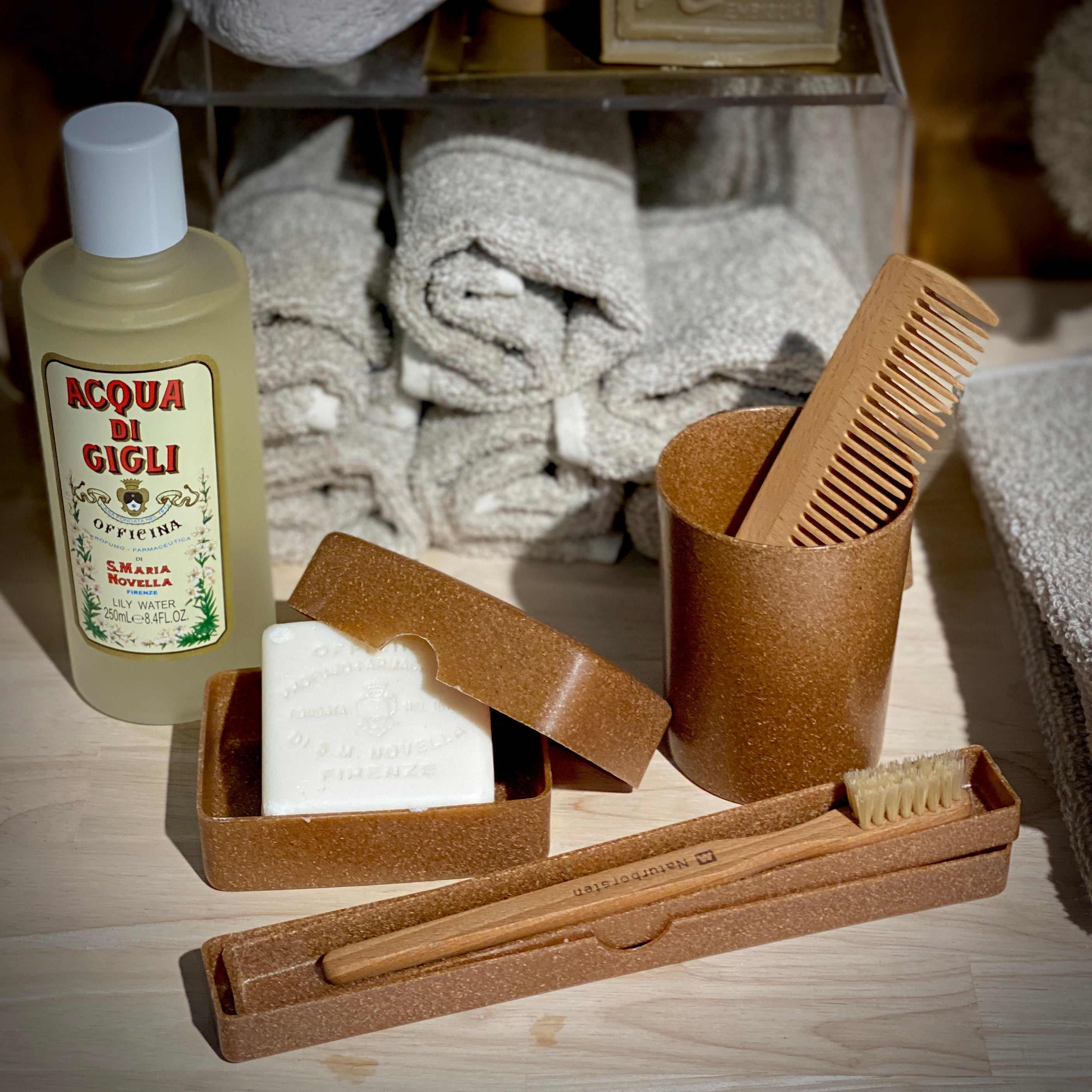 Eco Bathroom Accessory Set