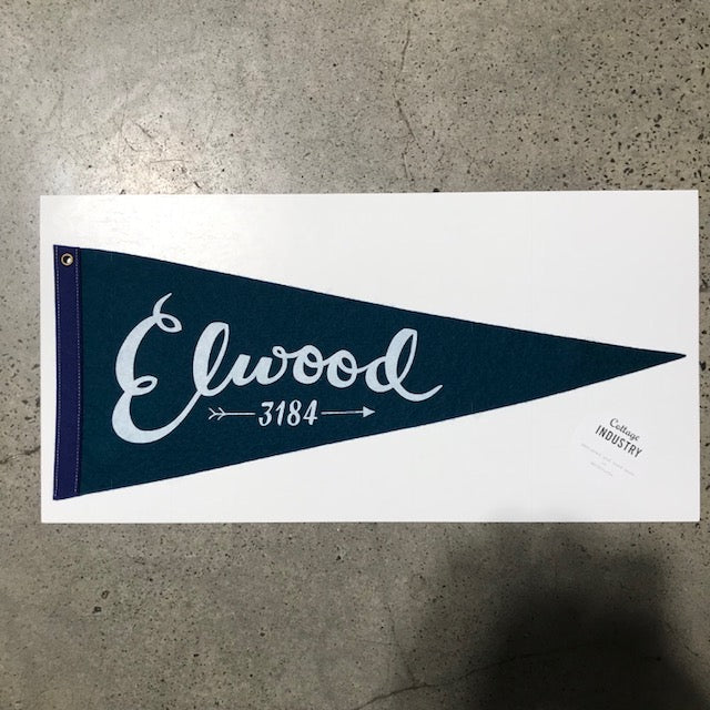 Pennant Elwood in Deep Teal and Navy