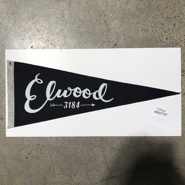 Pennant Elwood in Black and Grey
