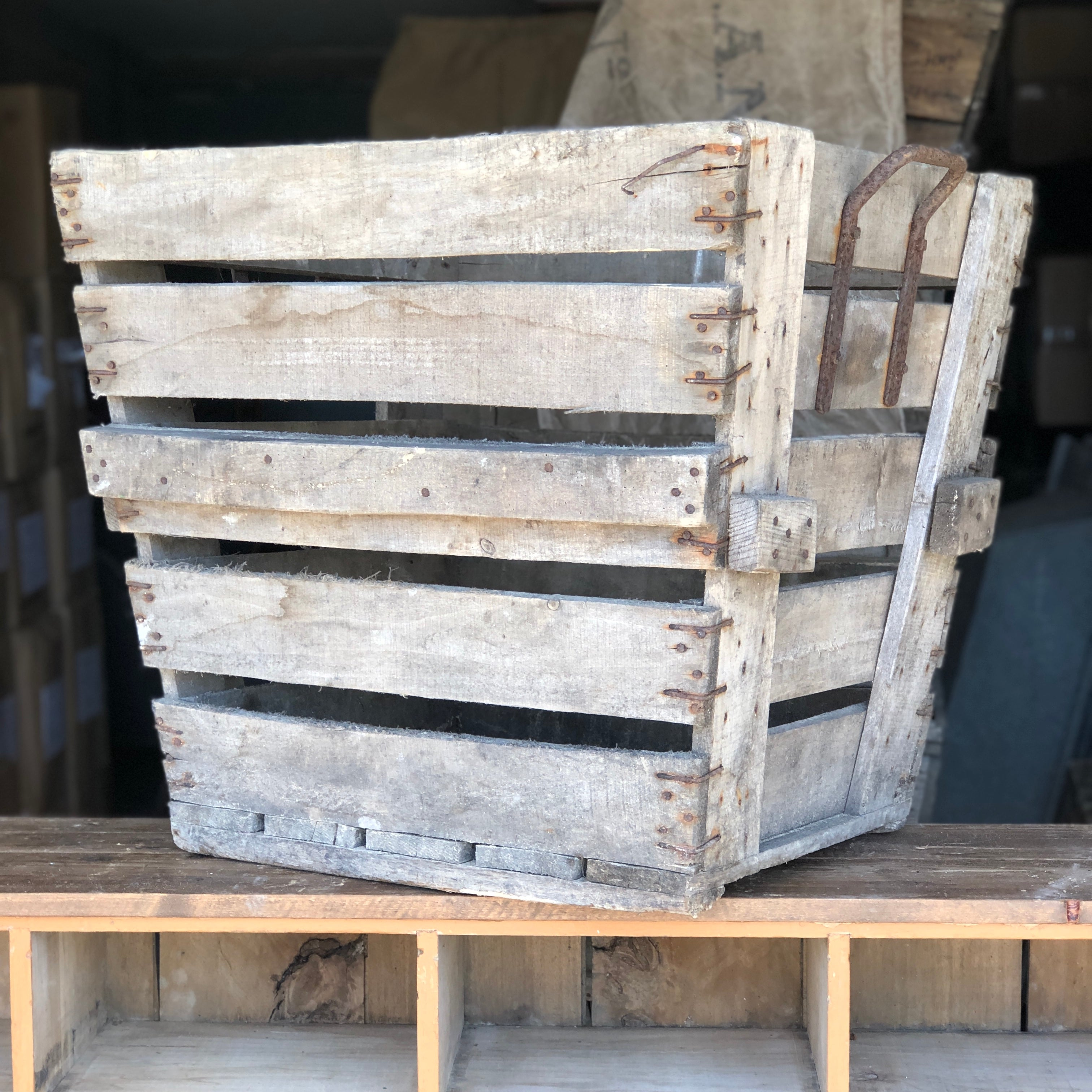 ANTIQUE VINTAGE WOODEN CHAMPAGNE CRATE # 2