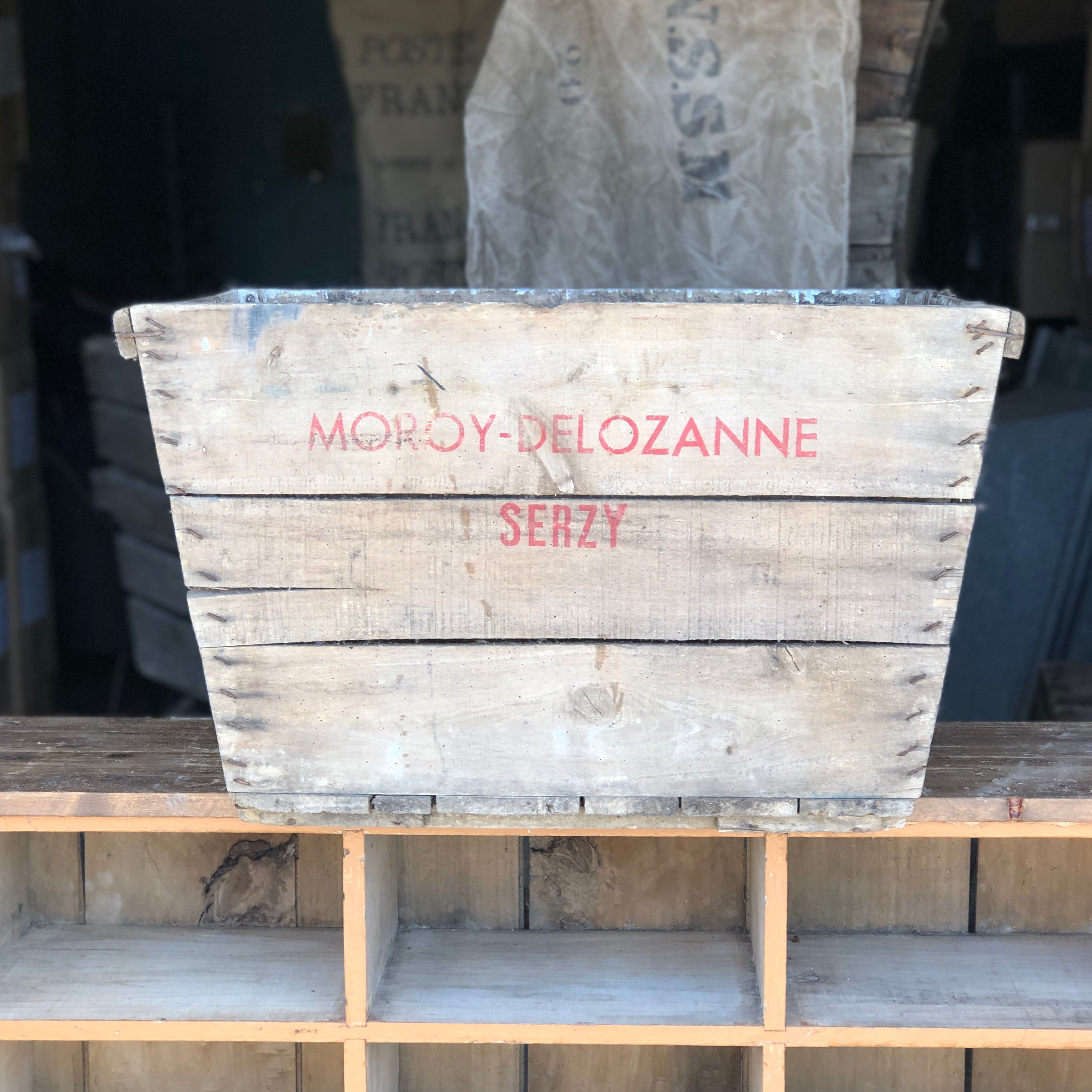 ANTIQUE VINTAGE WOODEN CHAMPAGNE CRATE # 4