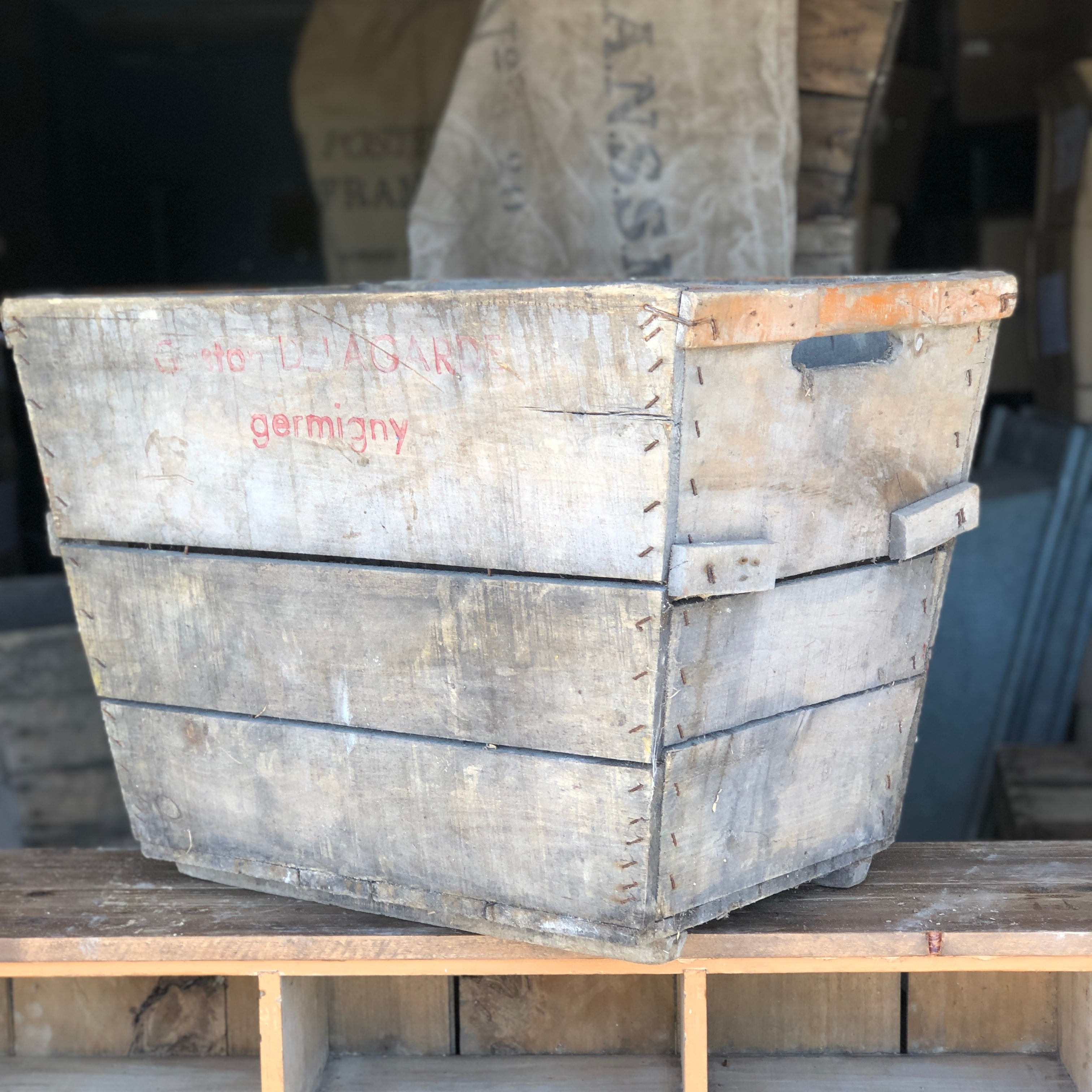ANTIQUE VINTAGE WOODEN CHAMPAGNE CRATE # 6