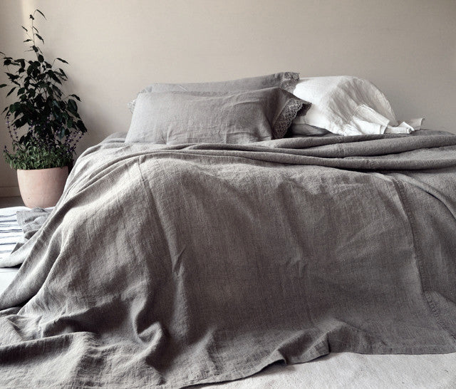 Charvet editions 100% Stonewashed Linen Coverlet in Linen Grey