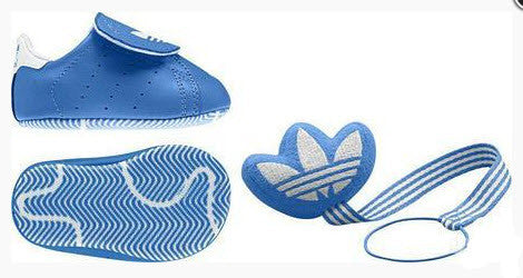 Adidas Originals Easy On GS CF Crib Q22876 BLUE Sizes Crib 0-3. Baby Gift Set Shoe and Dummy Lanyard. Colour: Blue Famous Rock Shop. 517 Hunter Street Newcastle, 2300 NSW Australia