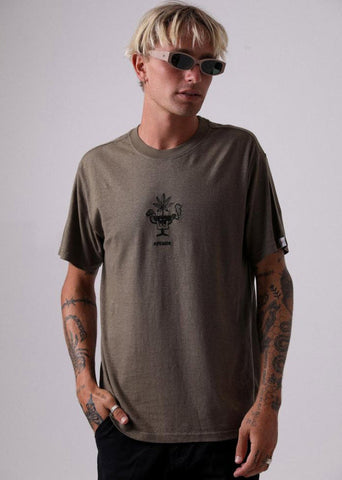 Afends Grow Hemp Retro Fit Tee overt Green M191017 Famous Rock Shop Newcastle, 2300 NSW Australia. 1