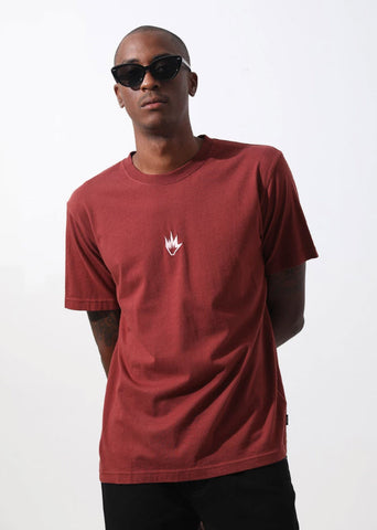 Afends Men's Flame Logo Retro Fit Tee Rojo M194013 Famous Rock Shop Newcastle, 2300 NSW. Australia. 1