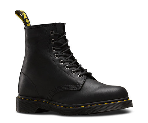 Dr Martens 1460 Carpathian 8 Eye Boot Black 20846001