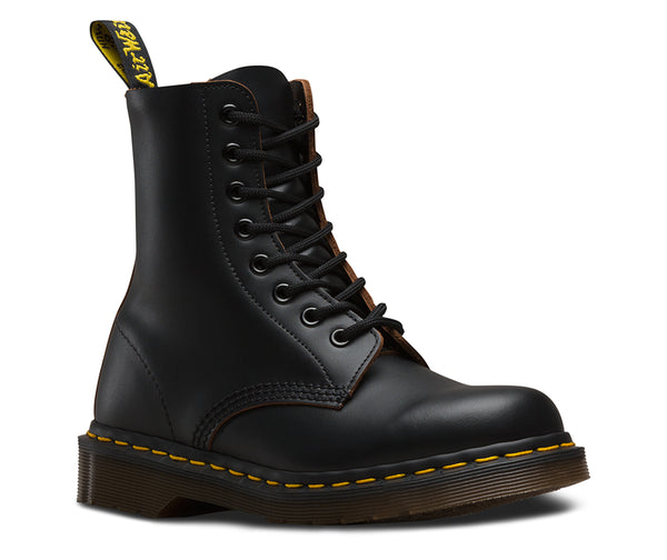 Dr Martens Vintage Made in England 1460 Black Quilon 8 Eyelet Boot 12308001