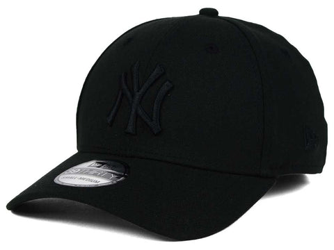 New Era 39Thirty MLB New York Yankees Black Black Cap Fitted Famous Rock Shop  Newcastle 2300 NSW Australia