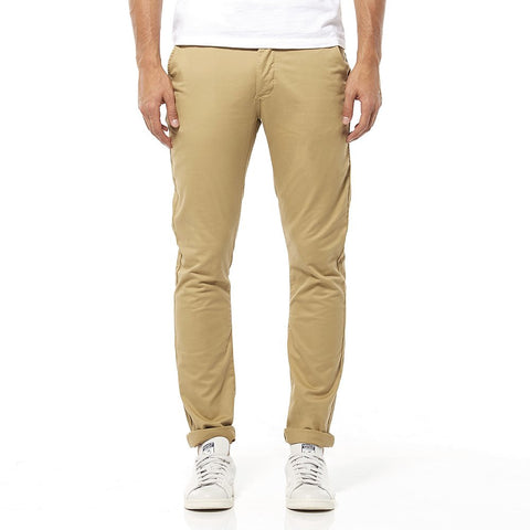 Riders By Lee Chino Stretch Light Camel R/500166/196 Men's Chino Pants Comfort stretch cotton chino with button fly in a light camel colour Built to last the throws of your weekend! Our chino is slim through the waist and thigh, featuring a narrow hem that looks best when cuffed. In a light camel colourway and comfort  Famous Rock Shop 517 Hunter Street Newcastle 2300 NSW Australia