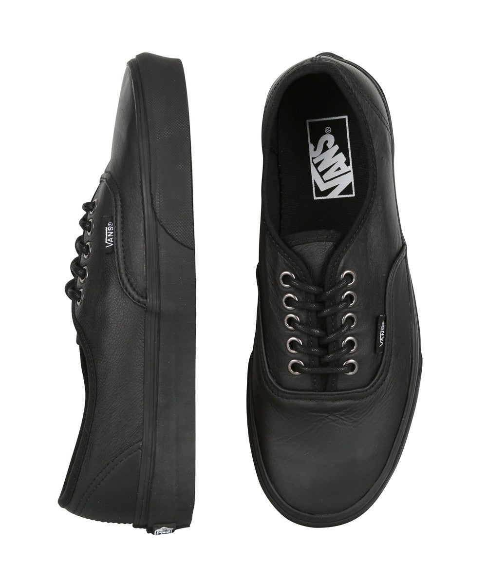 a893abbc13bec6 ... Vans Authentic (Italian Leather) Black  Black The Leather Authentic is  a simple lace ...