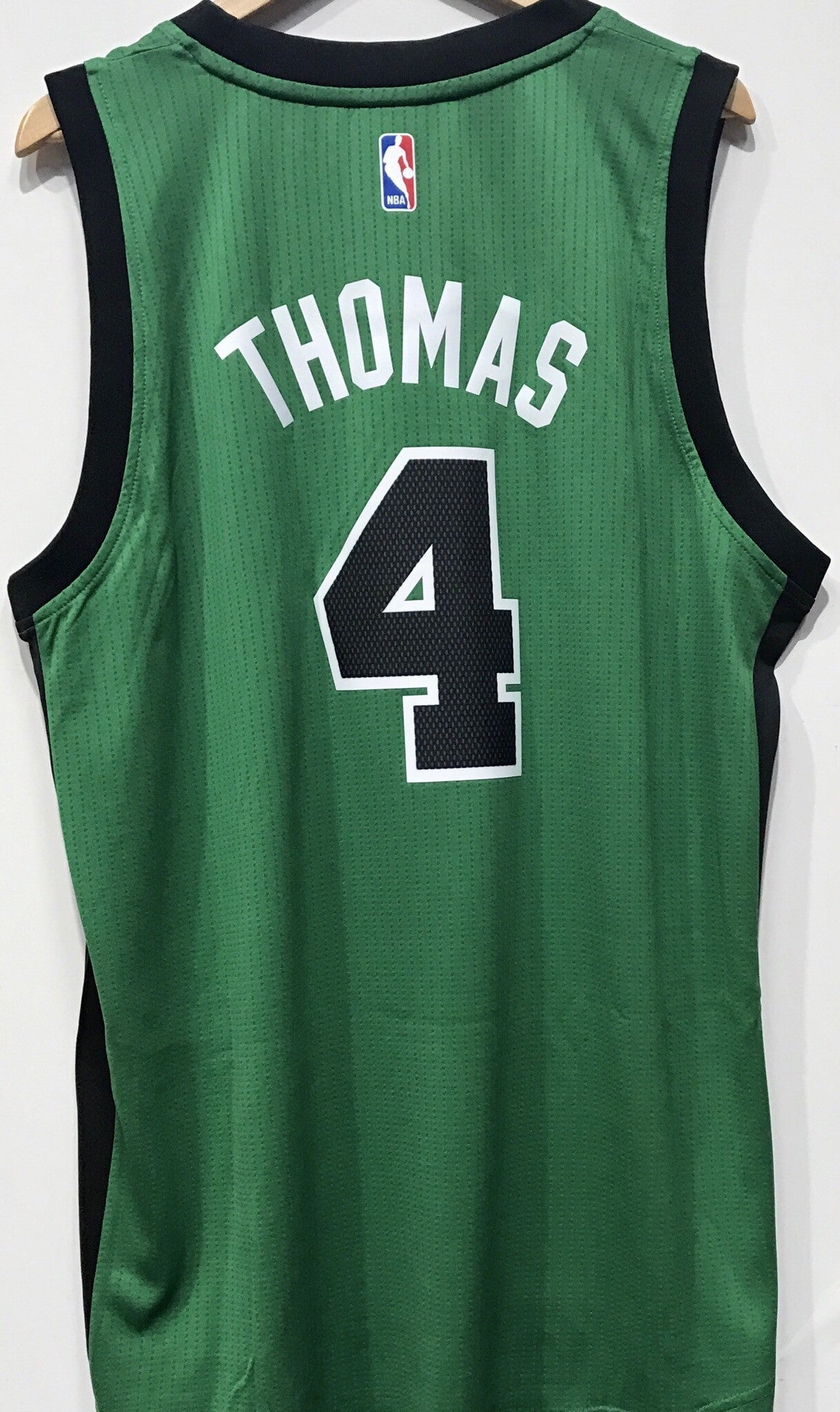 buy online a90b2 01f29 Adidas NBA Jersey Boston Celtics Isaiah THOMAS #4 Green