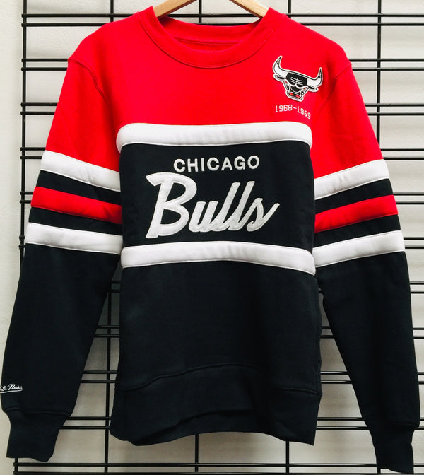 Majestic Atheltic Chicago Bulls Head Coach Crew Jumper