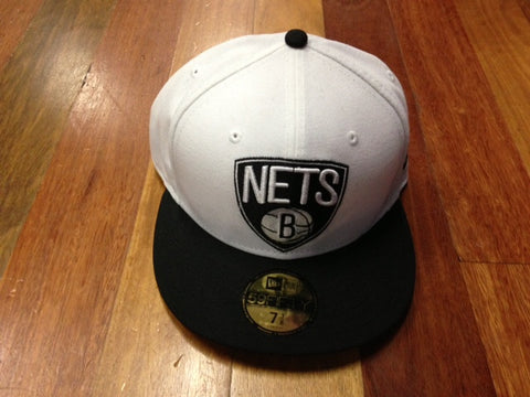New Era 59Fifty Nets Fitted Cap White Black