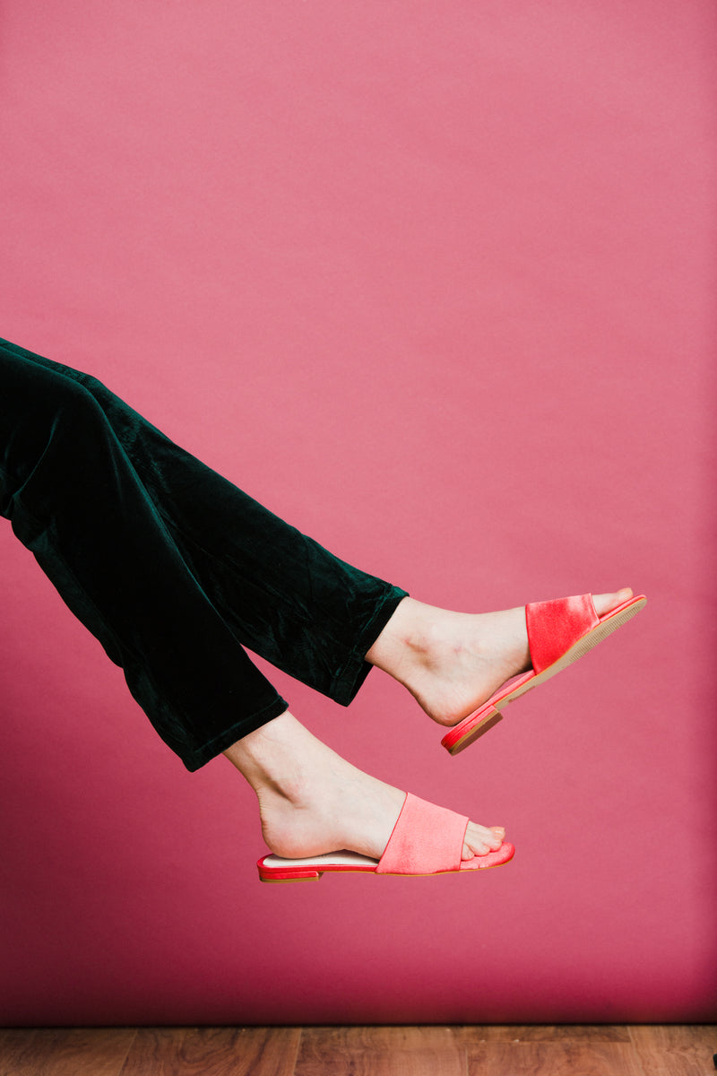 Jessica Shoe in Electric Coral