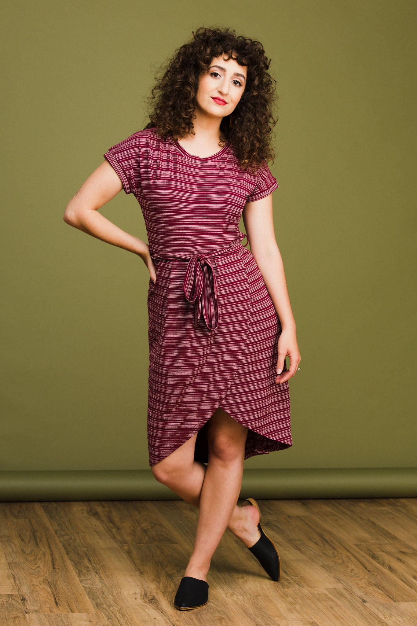 Donna Dress in Burgundy
