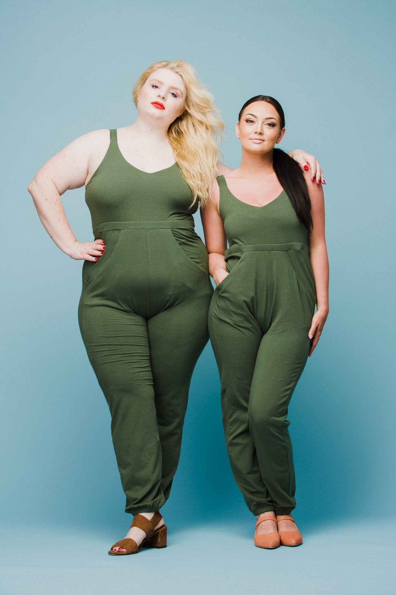 Carrie Jumpsuit in Moss Jumpsuit Rebdolls - Hello Holiday
