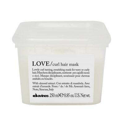 Essential Haircare: Love Curl Mask