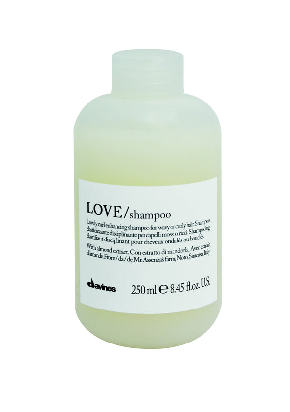 Essential Haircare: Love Curl Shampoo
