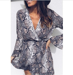 Sexy Women Dress Holiday Long Sleeve V-Neck Snake Printed Flare Sleeve Dressrricdress-rricdress