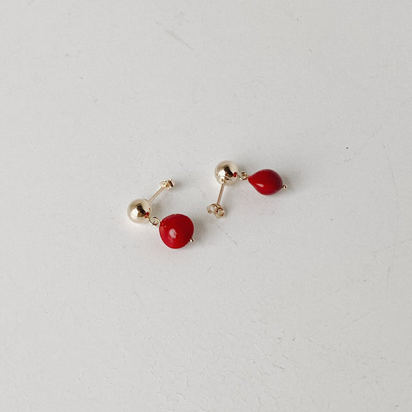 BOTANICAL EARRINGS : ADENANTHERA PAVONINA (GOLD STUDS)- ピアス