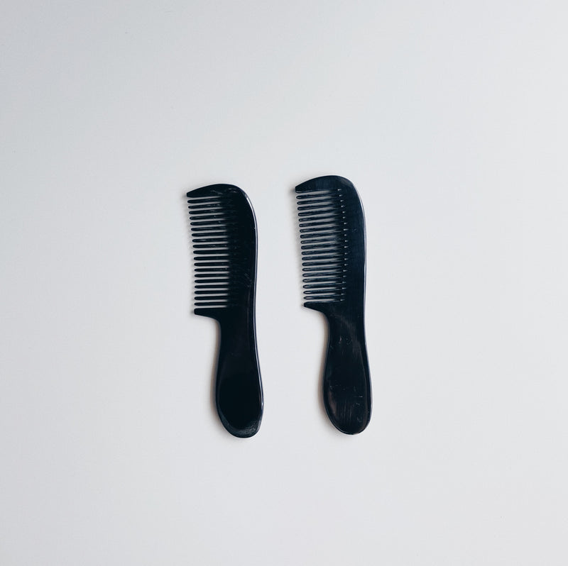 HORN COMB WITH HANDLE (SLIM) - BLACK