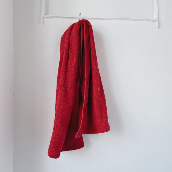 BATH TOWEL - strawberry red