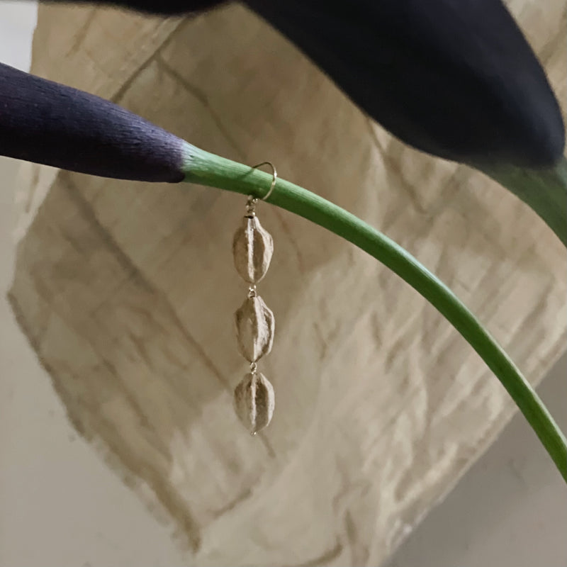 BOTANICAL EARRINGS : MELIA AZEDARACH - ピアス