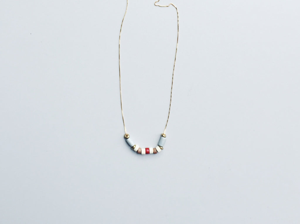 WOLFBERRY NECKLACE