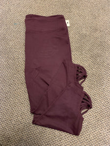 Cropped Wine Curvy Legging