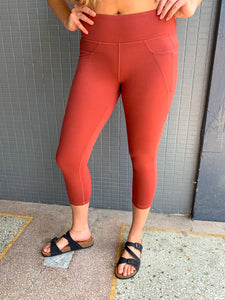 Rust Cropped Legging