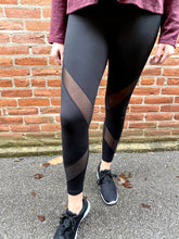 Load image into Gallery viewer, Black Criss Cross Mesh Legging