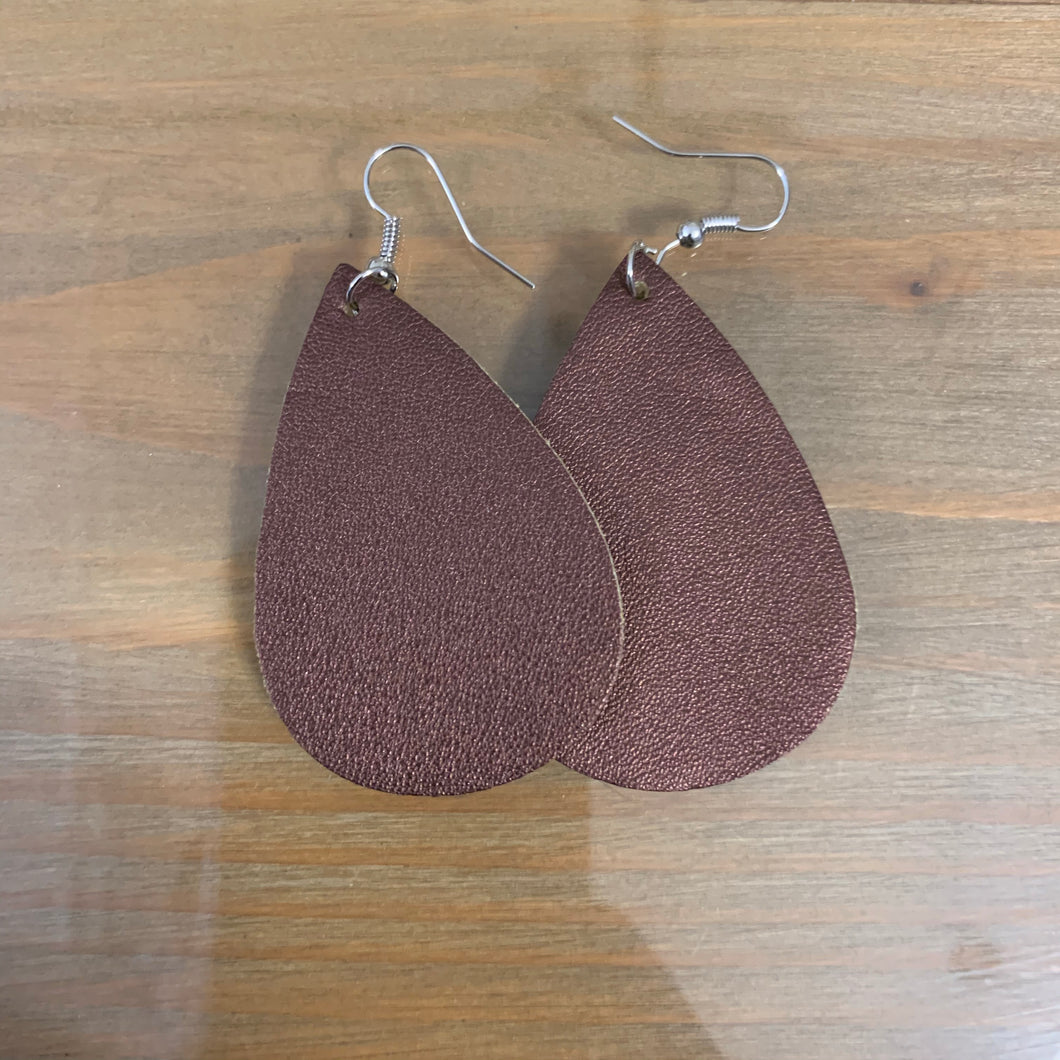 Brown teardrop earring