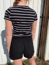 Load image into Gallery viewer, B&W Stripe V neck