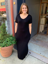 Load image into Gallery viewer, Black V Neck Maxi Dress
