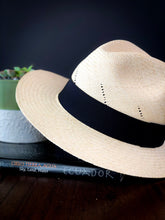 Load image into Gallery viewer, Clasico Panama Hat