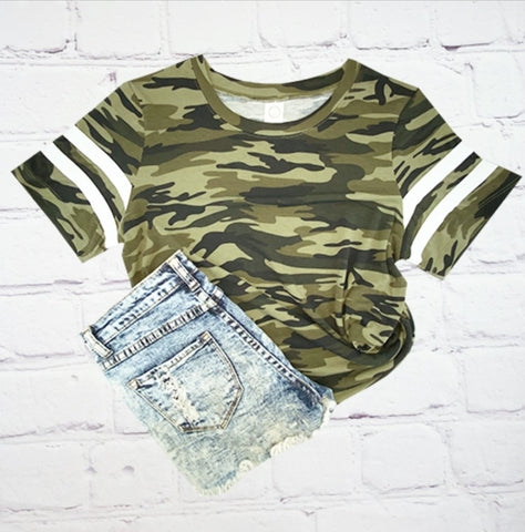 Catch me if you can camo varsity tee
