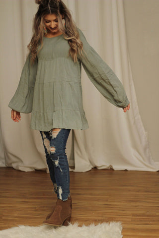 It's all in the details tunic top in sage