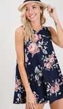 I'm a flirt floral tank in navy