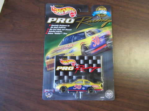 Boy Scout Hot Wheels 1998 NASCAR Racing Car lst Edition