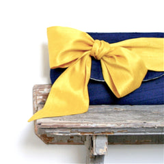 navy_blue_bridesmaid_clutches