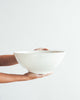 Speckle Serving Bowl  / Bol de service tacheture