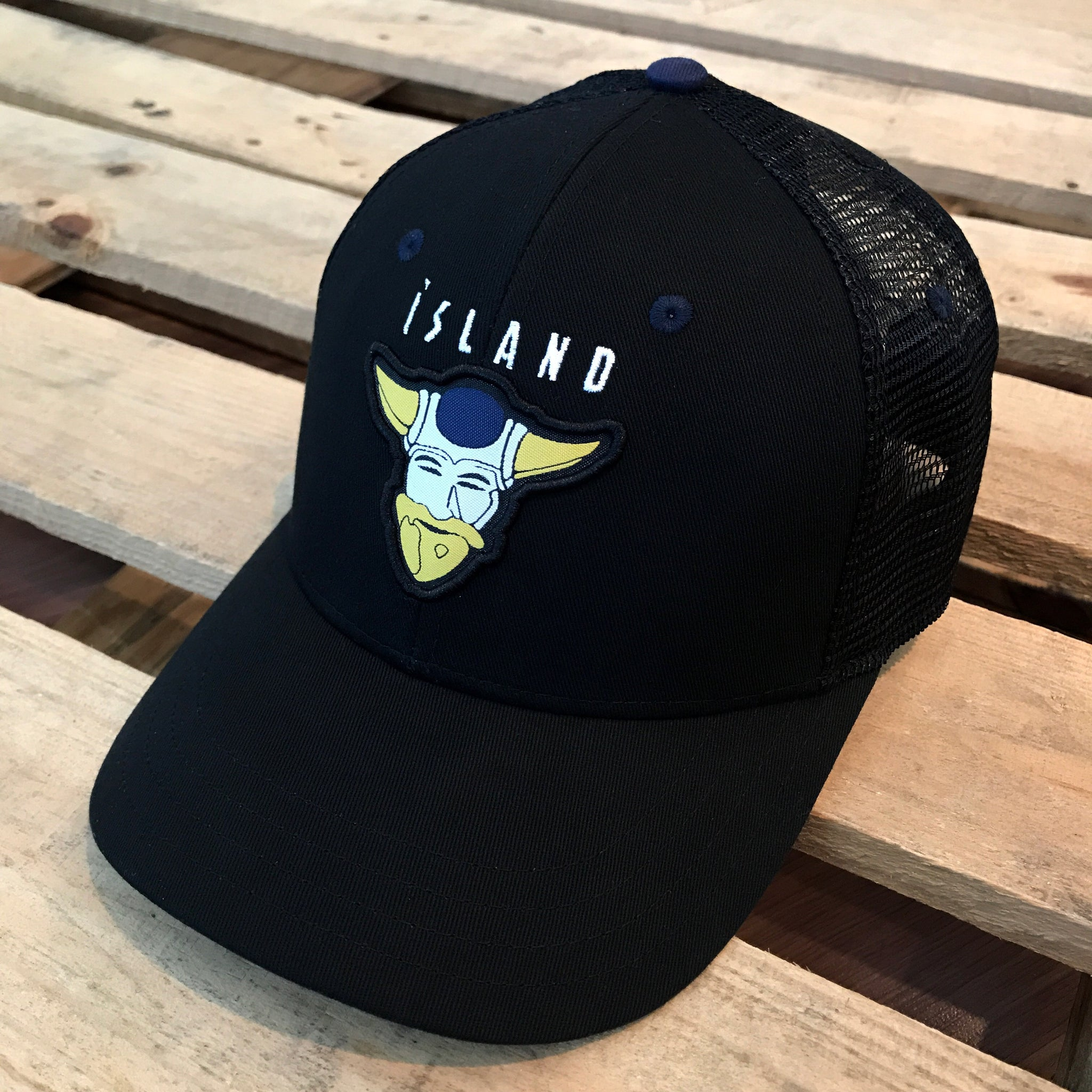 Team Iceland (Black) - Beauty Status Hockey Co.