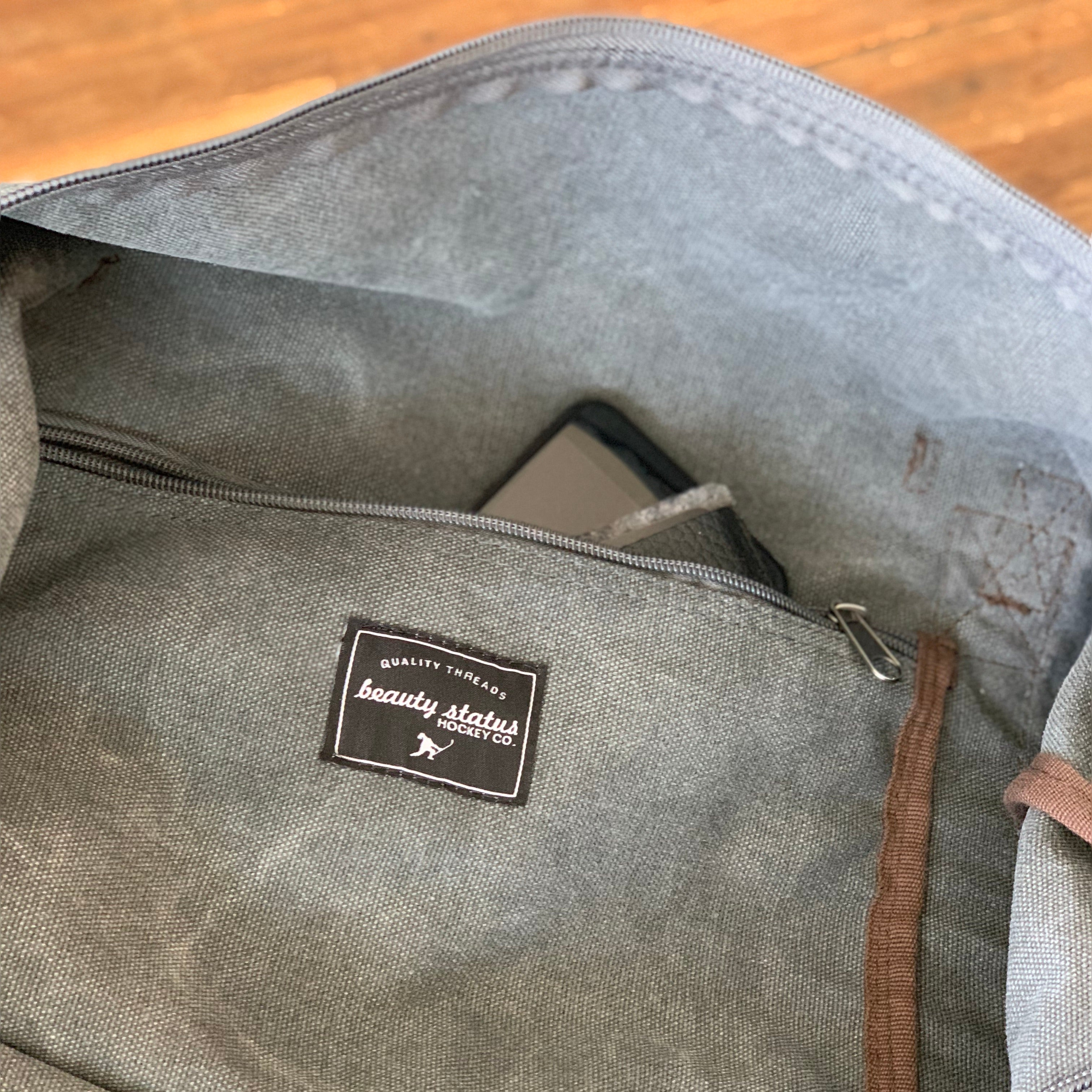 Characters legends duffel bag washed graphite beauty status hockey co