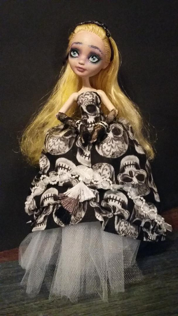 Goth ALice In Wonderland Monster High OOAK doll repaint Custom art doll