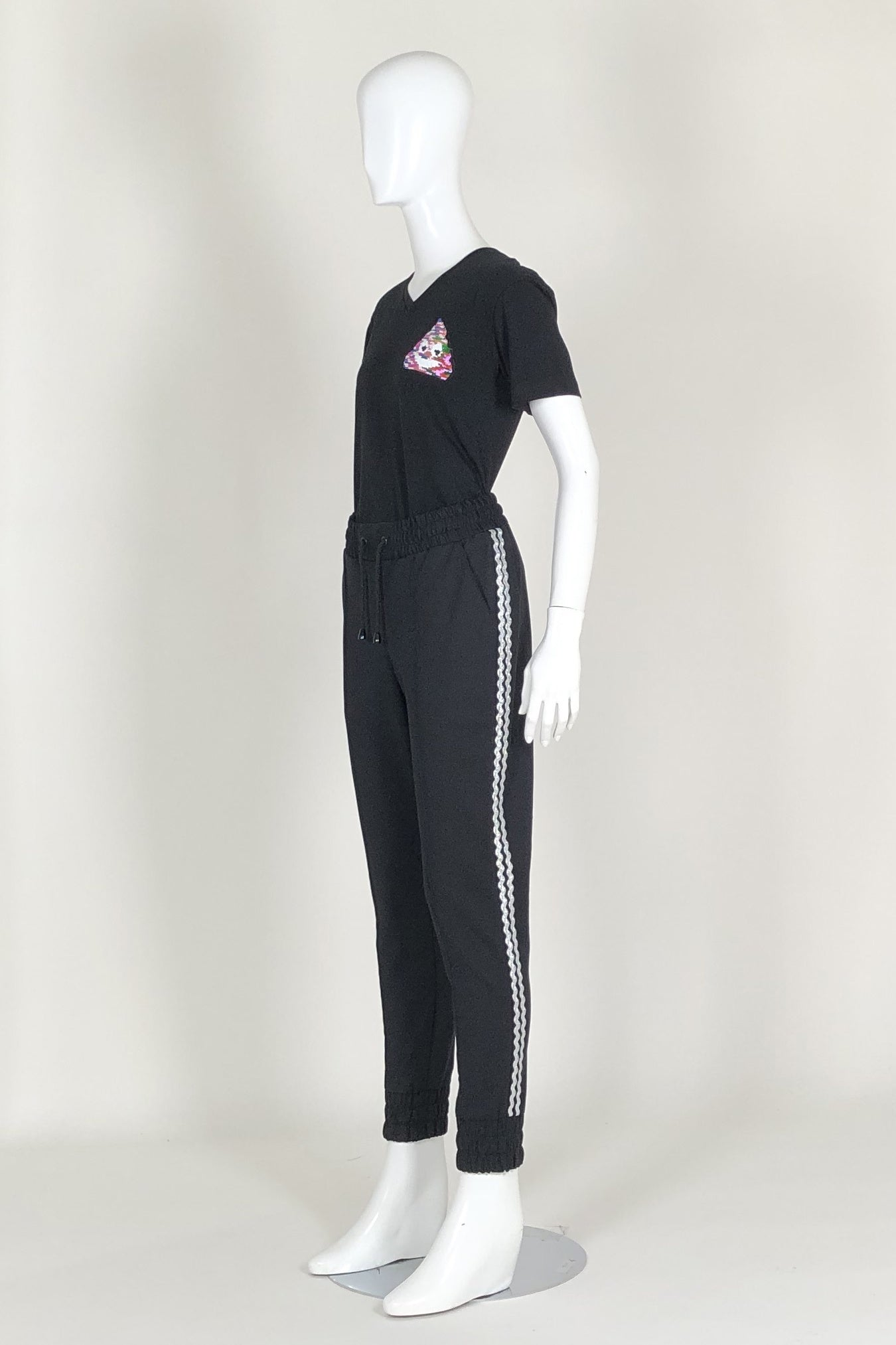 WORLD 4587 Throwback Trackpant (Unisex) Black