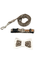 Load image into Gallery viewer, Tan Arrow Dog Collar Leash Set
