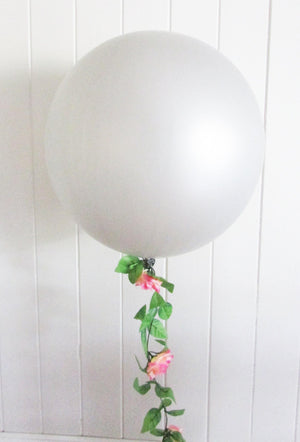 90cm Balloon with Rose Garland - Bickiboo Designs